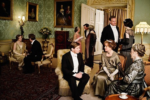 Season-4-downton-abbey-35487823-500-334